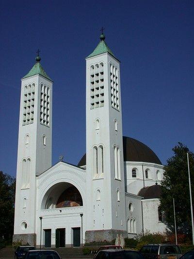 Heiliglandstichtingcenakelkerk 2